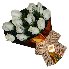 13 White Rose Bouquet